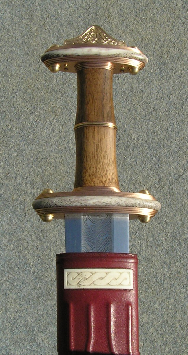 a history of weaponry in the age of antiquity Swords of the ancient world this category of european swords deals mostly with the romans and their various enemies including iron age celtic sword : $299.